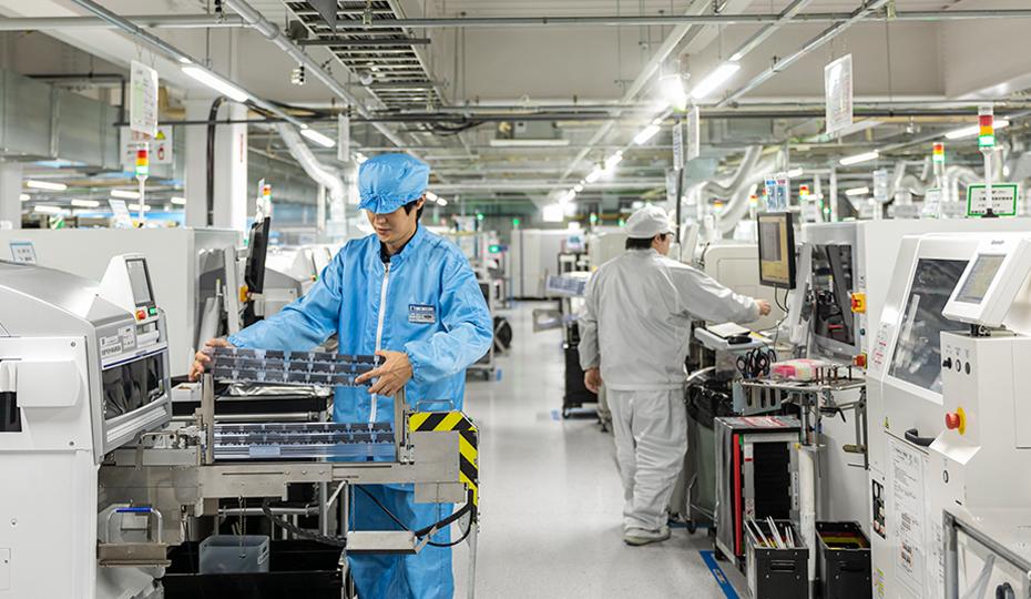 100%自社工場製造だから多品種・小ロット・短納期が叶う。